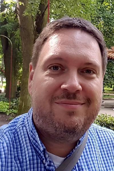 Gábor Tillinger