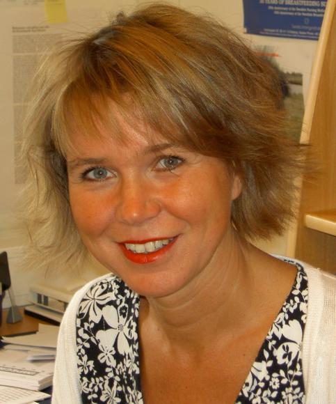Renée Flacking