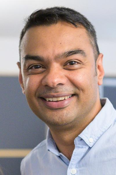 Vinay V Kumar