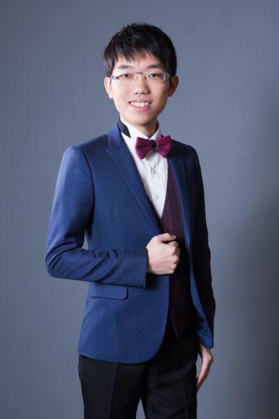 Jen-Hsiang Ou