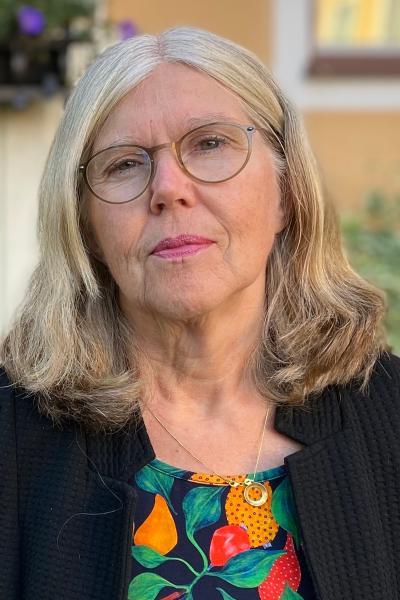 Monica Lind